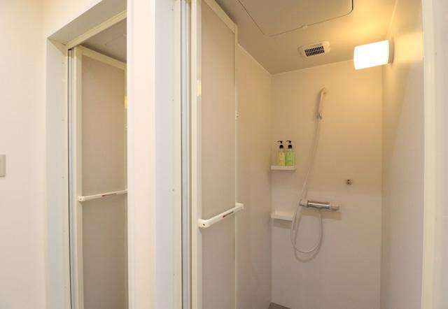 ノアジュニアテニスアカデミー茨木校のシャワー