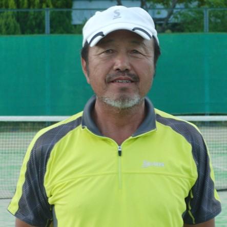 ノアテニスアカデミー神戸垂水の八島正幸コーチ