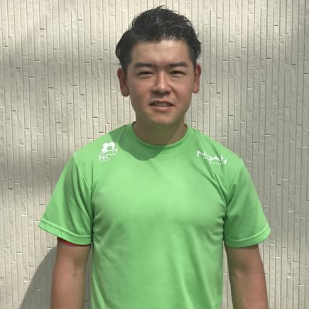 ノアテニスアカデミー神戸垂水の岡本拓馬コーチ